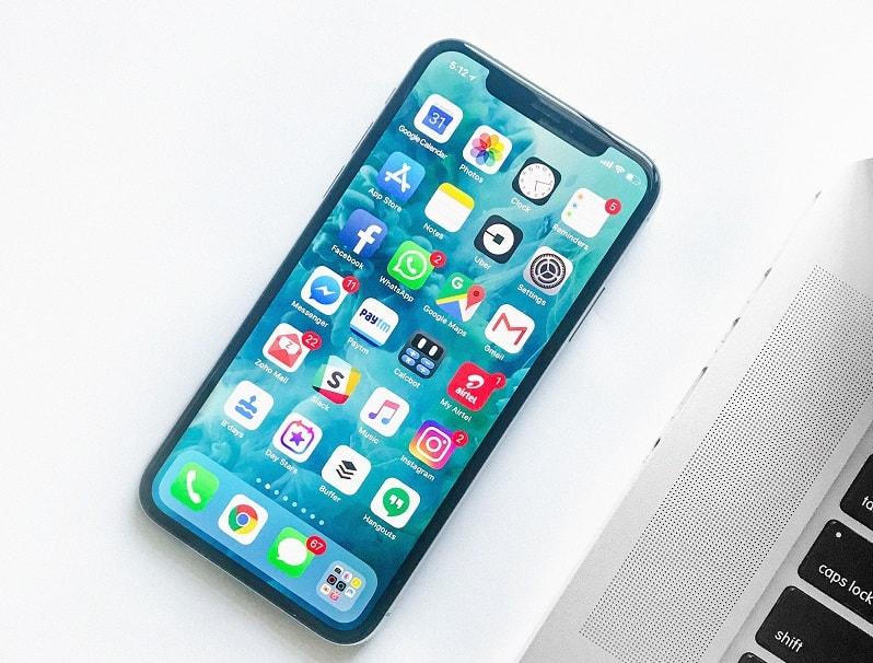 importare accessori per smartphone